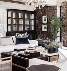 """Private House Yvonne O'Brien on Instagram: """"Symmetry 