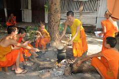 #travel - Luang Prabang est la ville des temples et des monastères. ©Salaün Holidays