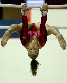 Collection of live action sports photography photos) Amazing Gymnastics, Gymnastics Photography, Gymnastics Pictures, Sport Gymnastics, Artistic Gymnastics, Olympic Gymnastics, Tumbling Gymnastics, Olympic Games, Sporty Girls