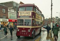 """A rainy day in Reading home of Huntley and Palmers biscuits. A Reading Corporation Sunbeam Trolleybus poses for photo"" Poses For Photos, Old Photos, Reading Buses, Bus City, Reading Berkshire, Bus Coach, Wolverhampton, Old Houses, Britain"