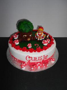 Sprookjesboom en Roodkapje fairytale cake Efteling Themepark Netherlands Litte Red Riding Hood cake