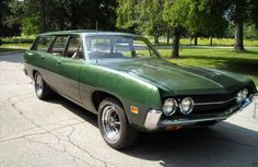 Today's Nice Price or Crack Pipe Ford is green on the outside and gold within. The classic mid-sized wagon looks to be in great shape, but will its demand for your green and gold leave you feeling blue? Cool Trucks, Cool Cars, Station Wagon Cars, Ford Torino, American Classic Cars, Old Fords, Shooting Brake, Ford Motor Company, Sexy Cars