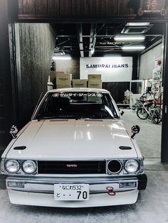isaykonnichiwa:  Samurai Jeans Toyota by Driftclub on Flickr.