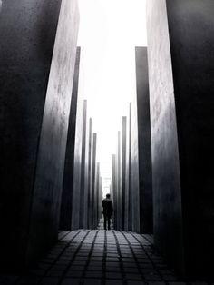 Berlin - Holocaust Memorial - Peter Eisenman - 2004. @designerwallace