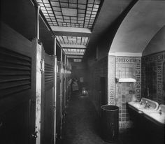 Public Restrooms 6th and Yamhill in 1912 (today are vacant)