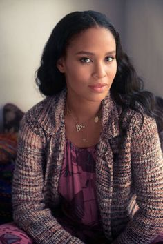 Inside Actress Joy Bryant's laid-back style with ELLE and #thecoveteur