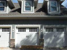 Picture of James Hardie Board and Batten Siding on garage. Hardie Board Siding, Board And Batten Siding, Shingle Siding, House Siding, Siding Colors, Exterior Colors, Vertical Siding, James Hardie, House Front