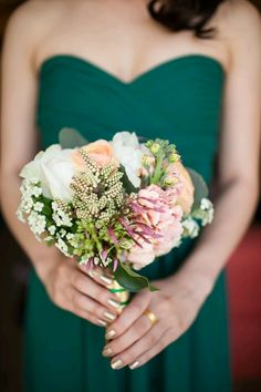 Shades of blush, purple and yellow go great with a green color palette. Incorporate various blooms for a swoon-worthy bouquet + bridesmaids dress combo.#estudioweddingphotography #weddingplanning #weddingbouquet