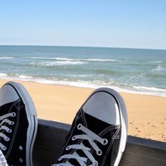Everybody have dreams. I have dreams. Dreaming about being free. Free from work and responsibilities. Just sit there by the beach, sip some good drink and take a nap whenever I want. In the sun. Desktop, Dreams, Inspiration, Women, Biblical Inspiration, Inspirational, Inhalation, Woman