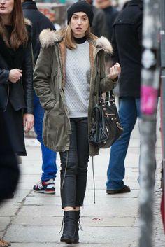 Berliners express their fashion energy on the street. [Photo by Matti Hillig] German Fashion, Keep Warm, Canada Goose Jackets, Fashion News, Celebrity Style, Winter Jackets, Celebs, Street Style, Style Inspiration