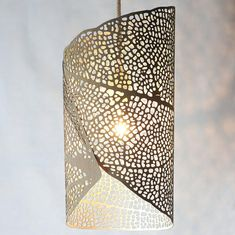 Pendant Lamp 'Filigrana size Small (height / leaf pattern projecting light, laser-cut in durable, eco-friendly HPL Small Pendant Lights, Kitchen Pendant Lighting, Pendant Lamp, Laser Cut Box, Laser Cutting, Indoor Wall Sconces, Best Kitchen Designs, Kitchen Ideas, Mason Jar Lighting
