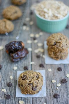 These Date Sweetened Chocolate Chip Cookies are naturally sweetened with dates and made with just a few ingredients! Perfect for dessert or a snack! Dairy Free Recipes, Baby Food Recipes, Cookie Recipes, Snack Recipes, Snacks, Dessert Recipes, Healthy Recipes, Sugar Free Chocolate, Chocolate Chip Cookies