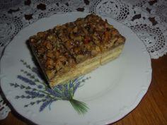 Medovo-orechové rezy - Tieto rezy u nás nesmú chýbať na vianočnom stole, ale ani na rodinných oslavách. Banana Bread, French Toast, Ale, Breakfast, Food, Basket, Morning Coffee, Eten, Ales