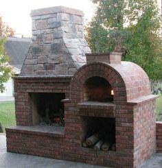 Pizza ovens are expensive! Save hundreds on your brick oven with a low-cost and DIY-EZ outdoor pizza oven. Our pizza oven kits & plans save you money! Outdoor Rooms, Outdoor Living, Outdoor Kitchens, Pizza Oven Fireplace, Fireplace Brick, Fireplace Kits, Backyard Fireplace, Brick Oven Pizza, Fireplace Design