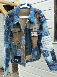 Denim Ideas, Denim Trends, Kleidung Design, Denim Jacket Men, Denim Jackets, Elisa Cavaletti, Denim Look, Recycled Denim, Denim Fashion