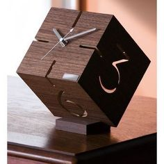 Clocks – Decor : Gift gift by the year 2015 and return the -Read More – Wall Clock Wooden, Wood Clocks, Wooden Art, Clock Wall, Diy Clock, Clock Decor, Wall Clock Design, Diy Art Projects, Metal Tree