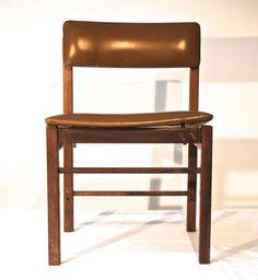Jorge Zalszupin (atribuído). Cadeira de jacarandá maciç..