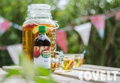 Mason jar --> ideaal voor een kinderfeestje! Heerlijk met appeldiksap en verse schijfjes appel. #Mason #Jar #Kinderfeestje #CoveltDixap
