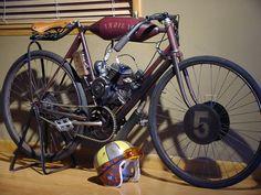 Vintage Indian Motorcycles, Racing Motorcycles, Motorcycle Bike, Vintage Bikes, Burt Munro, Gas Powered Bicycle, Motorised Bike, Power Bike, Motorcycle Companies