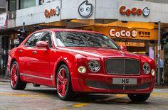 Bentley Mulsanne in Lipstick Red