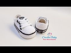 Crochet Baby Boots, Crochet Baby Sandals, Crochet Shoes, Crochet Clothes, Toddler Girl Style, Toddler Girl Outfits, Toddler Girls, Zapatillas All Star, Kids Boots