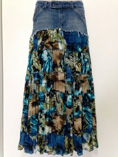 Long And Maxi Skirts Outfit Ideas Diy Jeans, Jeans Refashion, Diy Clothes, Clothes For Women, Denim Skirt Outfits, Mode Jeans, Denim Ideas, Denim Crafts, American Eagle Jeans