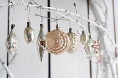 Set of 8 vintage ivory shell pearl rare Christmas by Grannysbox