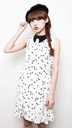 STAR PRINT SLEEVELESS DRESS