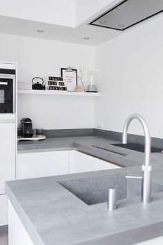 The versatility of concrete kitchen benches - Katrina Chambers Kitchen Benches, Farmhouse Kitchen Decor, Kitchen Interior, Farmhouse Design, Country Farmhouse, Design Kitchen, Grey Kitchens, Cool Kitchens, Kitchen Grey