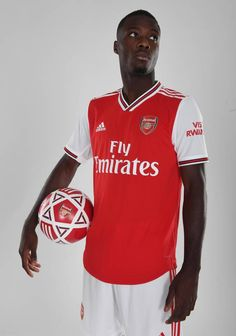 See our exclusive pictures of our new signing from Lille as he wears our new adidas kit for the first time Arsenal Fc Players, Aubameyang Arsenal, Best Football Players, Arsenal Football, Adidas Kit, Adidas Football, Football Wallpaper, Old Trafford, European Football