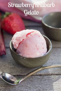 strawberry rhubarb g