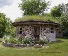 green building – Page 4 – Cordwood Construction ™ Cob Building, Green Building, Building A House, Style At Home, Casas Cordwood, Cordwood Homes, Earthship Home, Natural Building, Construction Design