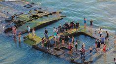 Kaliforniya'nın Coronado şehrinde sular çekilince, sahildeki eski kumarhane gemisi SS Monte Carlo'nun batığı meydana çıktı. Yıllar önce batan...