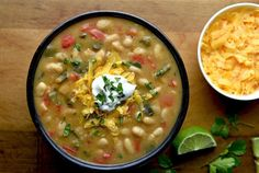 27 of the BEST tried and true chili recipes! From traditional to chicken chili, from crock pot chili to vegetarian, this list has all your favorites Best Chili Recipe, Best Soup Recipes, Bean Recipes, Chili Recipes, Veggie Recipes, Mexican Food Recipes, The Hat Chili Recipe, Poblano Recipes, Gumbo Recipes