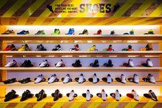STANDIN Baseball Store by design office Dress, Fukuoka – Japan » Retail Design Blog Baseball Shop, Baseball Park, Visual Merchandising, Fukuoka Japan, Innovation Lab, City Select, Branding, Office Dresses, Retail Design