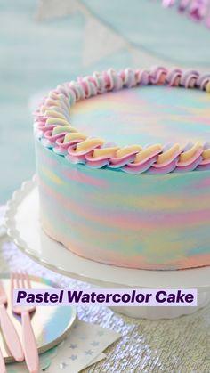 Wilton Cake Decorating, Cake Decorating Supplies, Cake Decorating Techniques, Cookie Decorating, Decorating Ideas, Cupcakes, Cupcake Cakes, Beautiful Cakes, Amazing Cakes