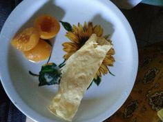 Crepe with apricot slices