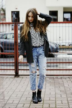 No place we couldn't go (by Zuza O.) http://lookbook.nu/look/4769385-Zara-Baggy-Jeans-Shirt-Ring-No-Place-We-Couldn-T-Go