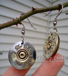 12 gauge shotgun ammo earrings, so cute Bullet Shell Jewelry, Shotgun Shell Jewelry, Bullet Casing Jewelry, Bullet Necklace, Ammo Jewelry, Metal Jewelry, Jewelry Crafts, Redneck Crafts, Ammo Crafts