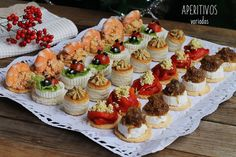 Good Healthy Recipes, Empanadas, Appetizers For Party, Mini Cupcakes, Catering, Buffet, Cheesecake, Brunch, Snacks