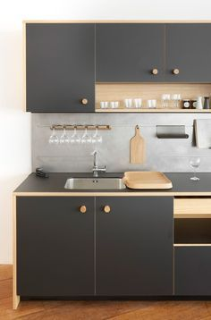 Lepic Kitchen by Jasper Morrison - would be so much better in actual colour faced plywood IMHO