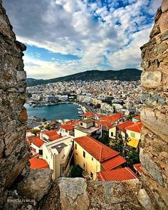 Great view of Kavala, Macedonia Albania, Antigua Yugoslavia, Cool Places To Visit, Places To Travel, Myconos, Macedonia Greece, Republic Of Macedonia, Turkey Travel, Thessaloniki