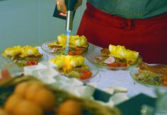 Los famosos huevos benedictines preparados en el acto