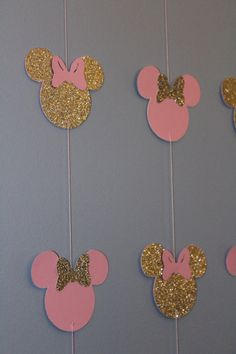 Pink and gold Minnie banner 10 strands Minnie Mouse First Birthday, Minnie Mouse Theme, Minnie Mouse Baby Shower, Baby Birthday, First Birthday Parties, Birthday Party Decorations, First Birthdays, Minnie Mouse Cricut Ideas, Decoration Minnie