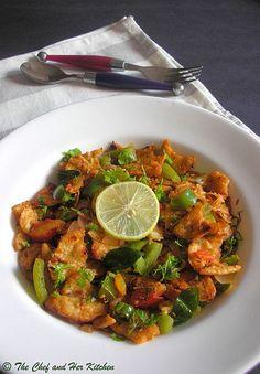 "Chilli Parotta WITH VEG 2 frozen Parottas or left over parottas/rotis/chapati 1/4 cup shredded Cabbage 1 big Capsicum,sliced 1 Onion,diced 1 Tomato,finely chopped 2 Green chillies,finely chopped 3-4 Garlic pods,finely chopped 1/2"" Ginger,finely chopped 2-3 tbsp chopped Coriander 4-5 Curry leaves 2-3 Spring onion greens,finely chopped(optional) juice of half Lemon 1 tbsp Tomato sauce 3/4 tsp Pav Bhaji masala powder 1/4 tsp Garam masala  1/4 tsp Red chili powder  salt haldi 3 tbsp Oil"