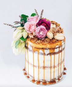Drizzle Cakes / Wedding Style Inspiration / LANE