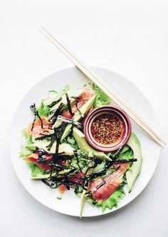 Laiskurin salaatti / Sushi salad (via Bloglovin.com )