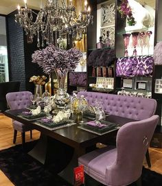 Pink Dining Rooms, Dining Room Table Decor, Elegant Dining Room, Luxury Dining Room, Decoration Table, Dining Room Design, Living Room Decor, Decorations, Cool House Designs