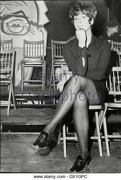 linda-thorson-actress-personality-actresses-dx1gpc.jpg.cf.jpg (362×540)
