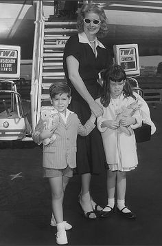 Lucy with her children, 1960